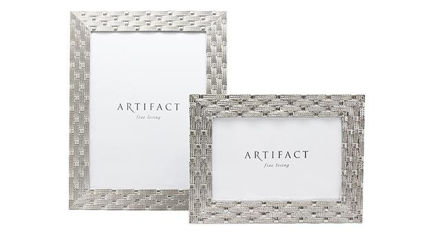 HOME ACCESSORIES : Artifact fine living